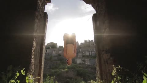 High-flying parkour tour of Turkey