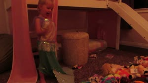 Toddler's stuffed animal roll call - Video