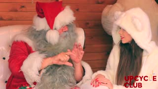 Sweetest Santa Claus interview ever - Video