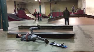 Black beanie side skateboard slam - Video
