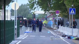Arrests as Hungary tightens border controls - Video