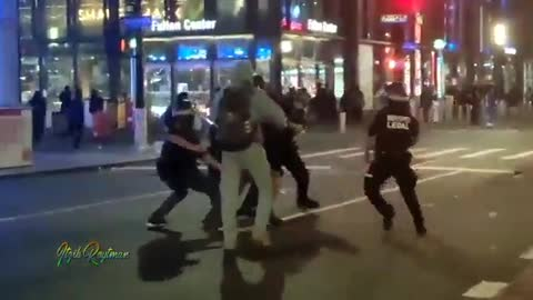 NYPD Officers attacked by looters