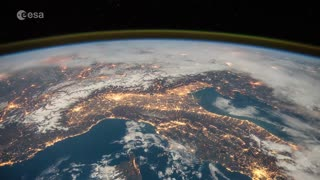Stunning Space Station flyover of Italy and the Alps - Video