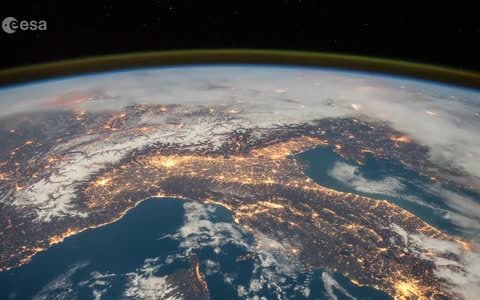 Stunning Space Station flyover of Italy and the Alps