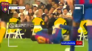 Ramos provoking Messi and then fouling him - Video
