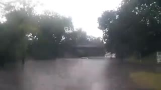 Man almost drowned at the street - Video