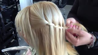 2017 Quick & Easy Half Up Half Down Hairstyles - Video