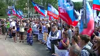 Donetsk rallies for rebels as Ukraine celebrates Independence Day - Video