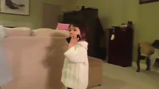 Two desperate toddlers use Siri for obvious reasons - Video