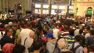 Migrants protest at Budapest train station