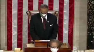 """Democrats open congress with a prayer that ends """"amen and awoman"""""""