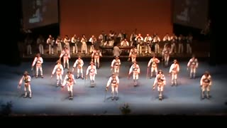 Breathtaking Romanian traditional dance - Video