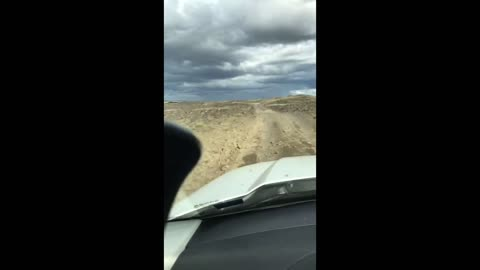 Range Rover on a bad road in Iceland.2