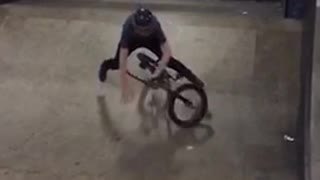 Collab copyright protection - black bike tail whip fail  - Video