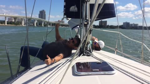 Lazy sailors beaten by flapping sail