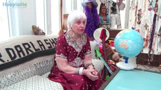 Darla Shaw Shares Her Travel Stories - Video