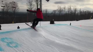 First time skier tries to jump ramp, ends as expected - Video