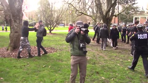 Fight Breaks Out At Salem Oregon #March4Trump Event When #ANTIFA Protesters Steal Trump Flag2