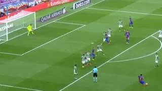 Luis Suarez Amazing Free Kick Goal - Video