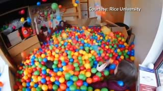 College student turns dorm room into ball pit - Video