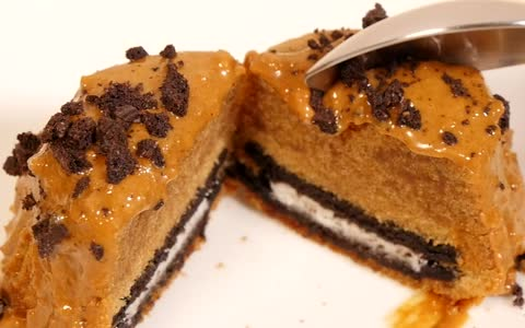 Oreo cookie butter cakes