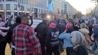DC Police Force Trump Supporters Into Black Lives Matter and Antifa Mob