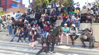 Cput Student gandering in Bellville as their protest continues