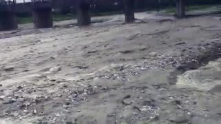 When River comes Suddenly  - Video