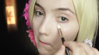 Real life Disney makeup tutorial: Rapunzel - Video