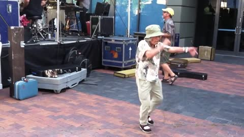 Grandma Rocks Out at Pickwick Concert