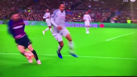 VAN DIJK SCARED OF MESSI