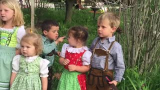 Kids Ruin Performance With Poking Battle - Video