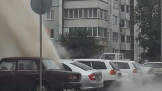 Hot Water Pipe Bursts in Russia - Video