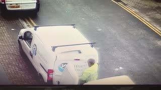 Thief Gets Caught Stealing Tools From Van - Video