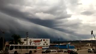 Weird Cloud Formation Before Storm - Video