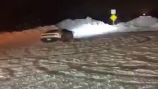 Lamborghini drifts hard in the snow - Video
