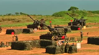 Taiwan shows off military might - Video