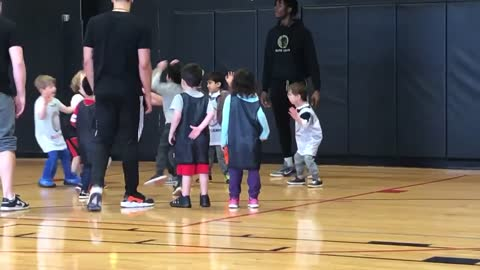 Eager 5-year-old is already a mini basketball star
