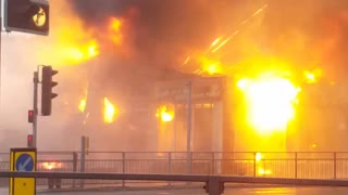 Firework Factory Caught on Fire - Video