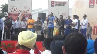 SINGERS AT CHANDIGARH UNIVERSITY - Video
