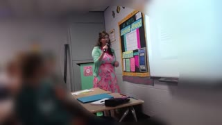 Teacher Sings Mash-Up on First Day - Video