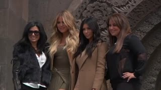 Kim Kardashian gets red carpet treatment in Armenia - Video