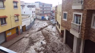 Serious Downpour Leads To Massive Flooding in Spain - Video