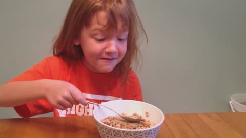 Mom pranks daughter on her first april fools day