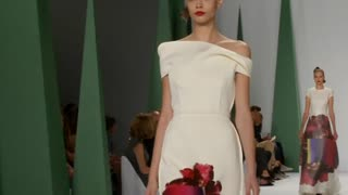 Carolina Herrera's techno blossom - Video