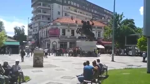 Graduates in the center of Prilep sing for King Marko