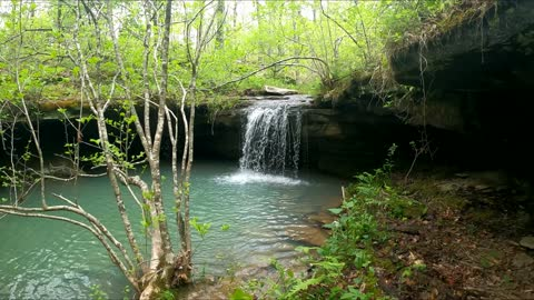 Spectacular waterfall oasis discovered in the Ozarks