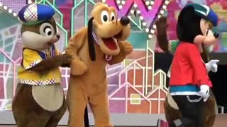 Chipmunks Acts With Dogy On Stage Late Night Show