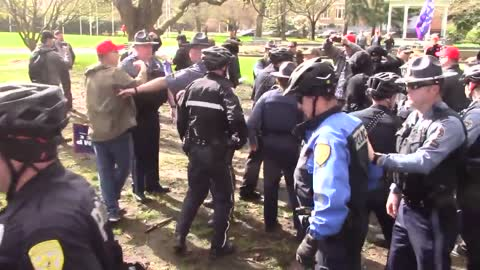 Fight Breaks Out At Salem Oregon March4Trump Event When ANTIFA Protesters Steal Trump Flag