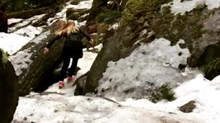 Pink shoes snow forest run slip - Video